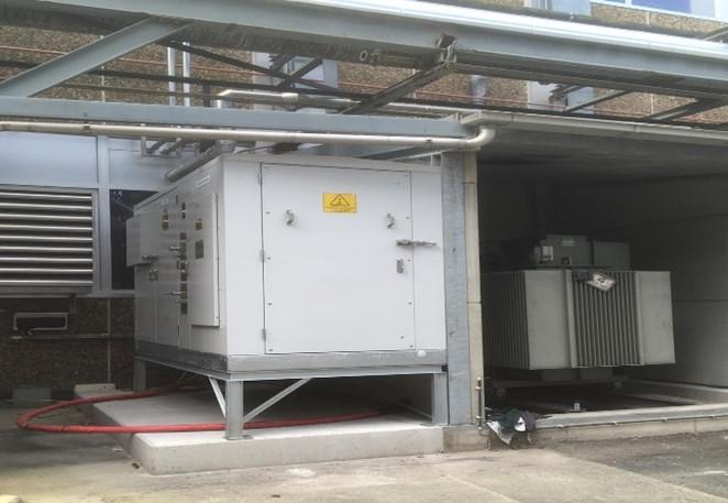 ATS Contactor and thyristor gestuurde capacitor bank condensatorbank