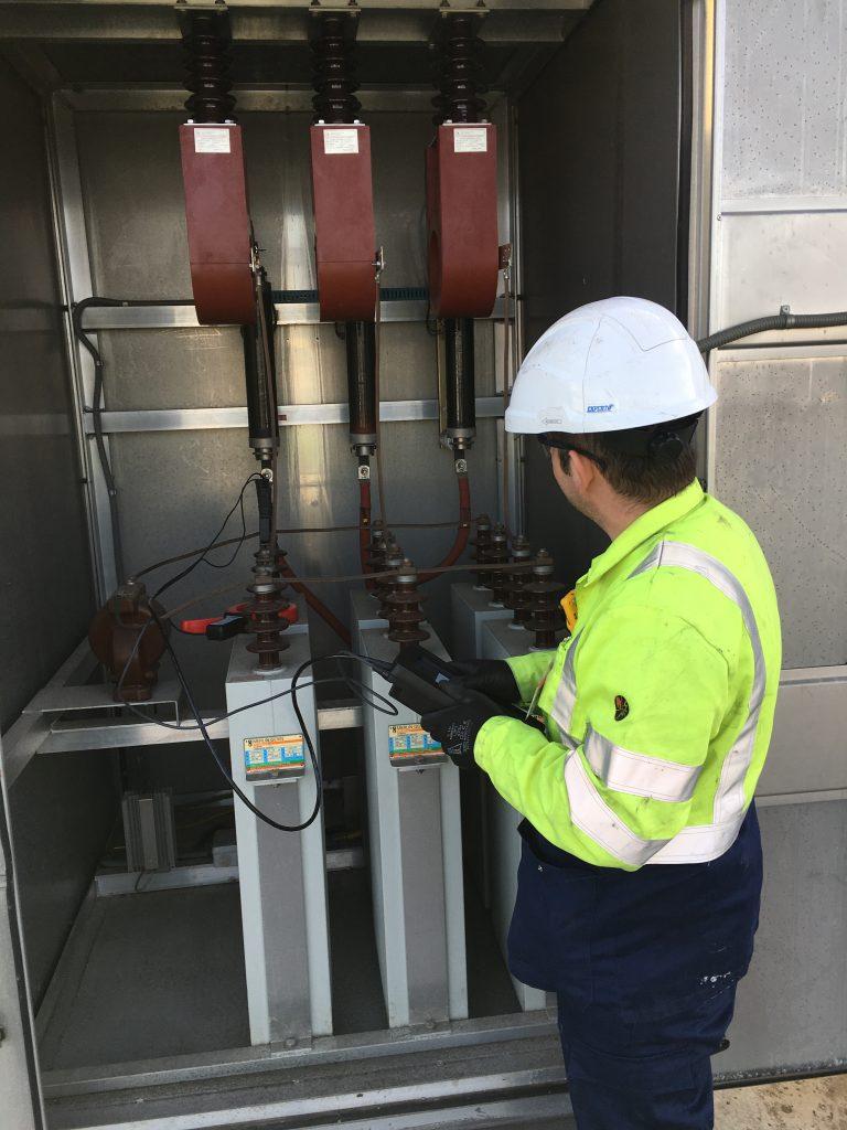 ATS Analyse netkwaliteit power quality spanningsdip condensatorbank UPS